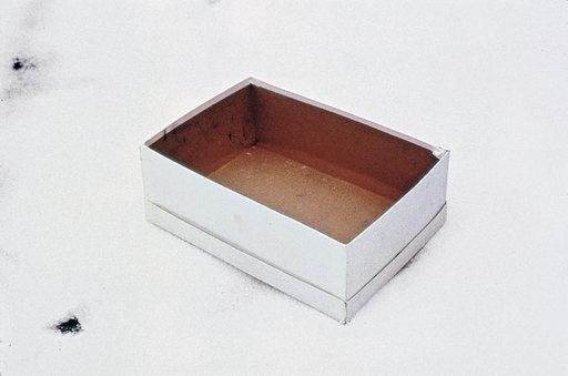 Gabriel Orozco, 'Empty Shoe Box', 1993, shoe box, 40.6 x 50.8cm artistas mexicanos más representativos