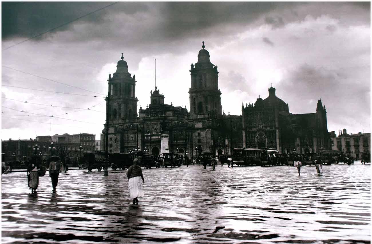 Paseando por la Ciudad de México Exposición de fotografías de Manuel Ramos 1900-1940