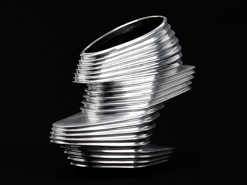 Md_zaha-hadid-nova-shoe_2