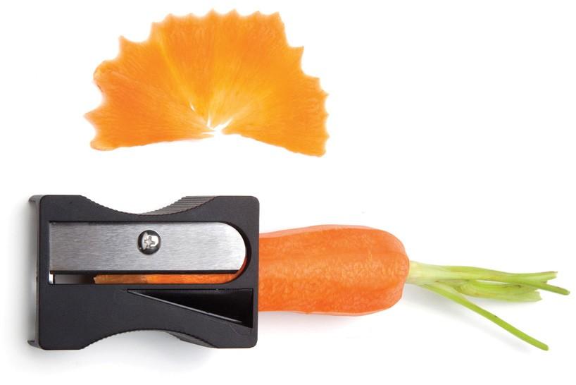 karoto-carrot-peeler-sharpener-avichai-tadmor-designboom-shop-02