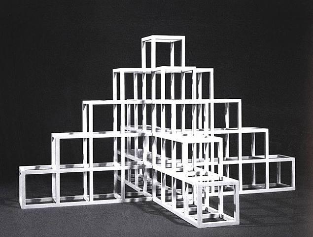 Sol lewitt las dimensiones del cuadrado dise o for Art minimal et conceptuel