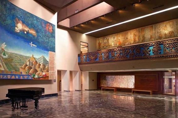 Vestibulo del Museo Amparo