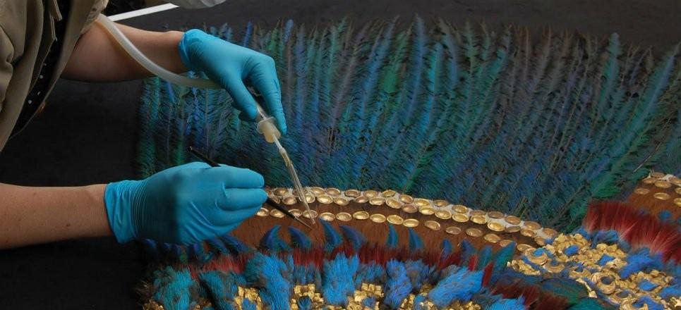 restauracion del penacho de moctezuma