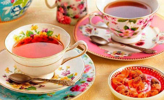 11 reglas de oro para hacer una perfecta taza de t por for Tazas para te