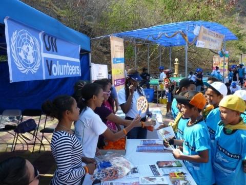 United Nations Volunteers, Worldwide viajar gratis