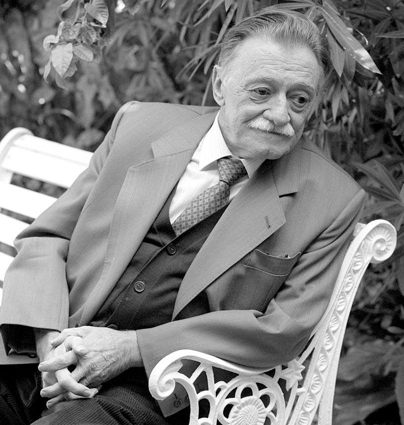 escritores latinoamericanos indispensables