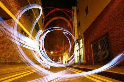 sola-light-bombing-light-graffiti_6