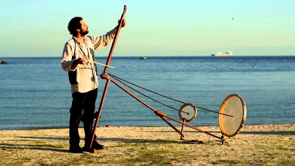 Yaybahar-gorkem sen-instrumento-musica-experimental