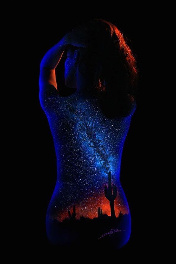 body-paint-art-black-light-13