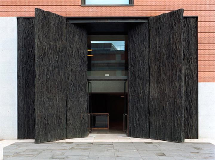 puertas-museo-del-prado_cristina iglesias irene villen