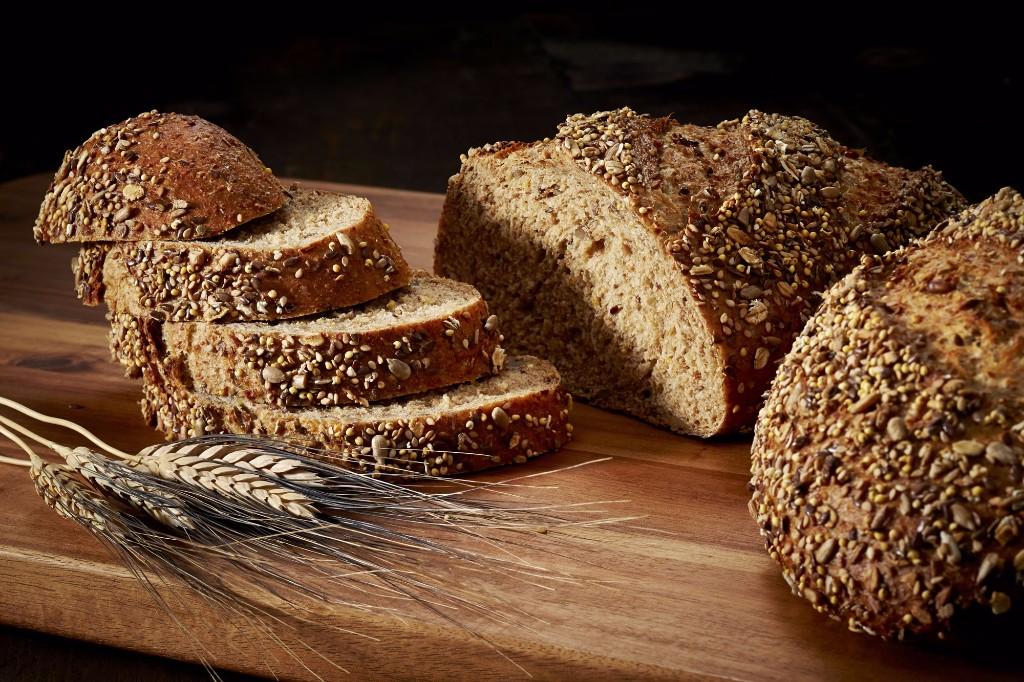 Whole-Grain-Muilti-Grain-Bread-8295