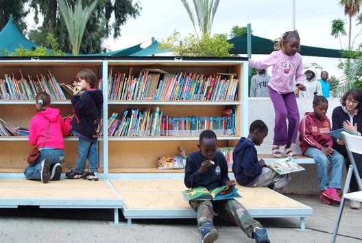 Biblioteca Tel aviv aire libre