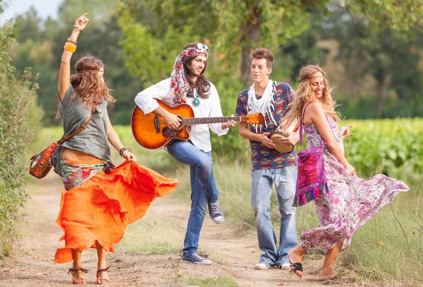 hippies mainstream