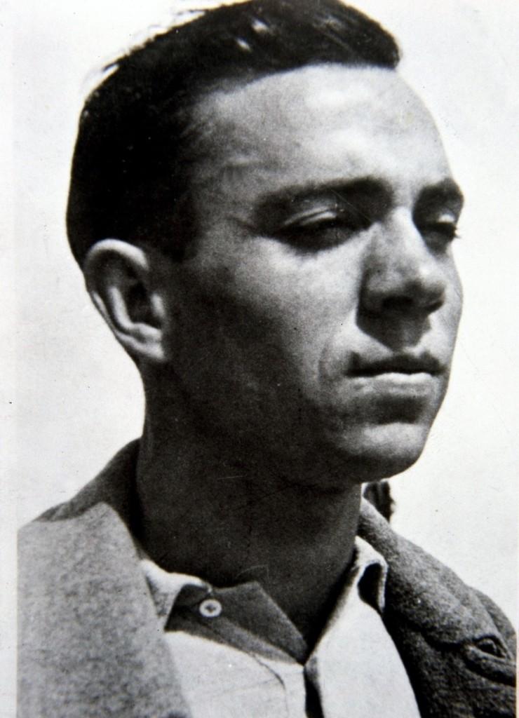 Miguel-Hernandez-encarcelado