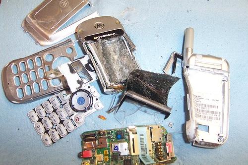 celular destroazdo