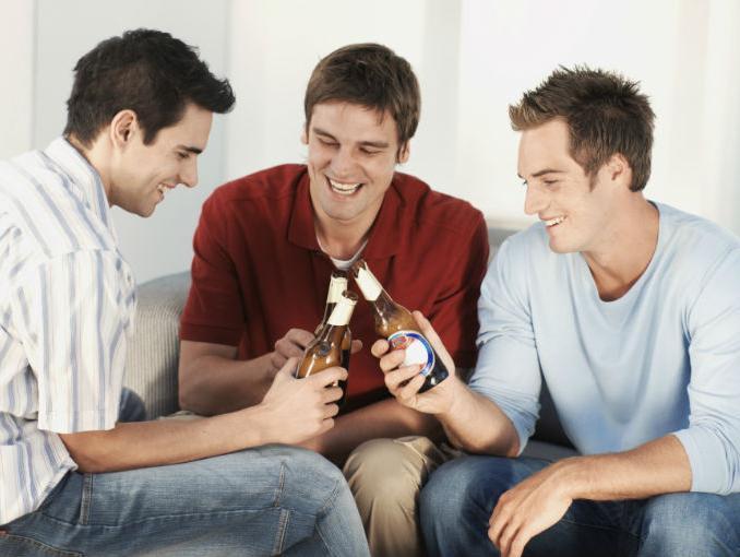 hombres_entre_amigos_1 alguien sarcástico es más inteligente