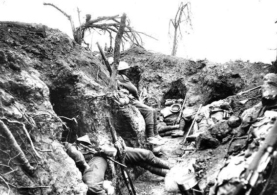 Soldados trincheras primera guerra mundial