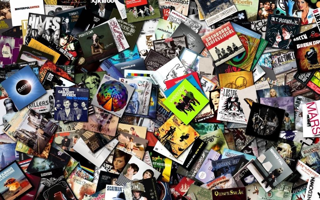 Music-CDs-on-Way-HD-Wallpaper