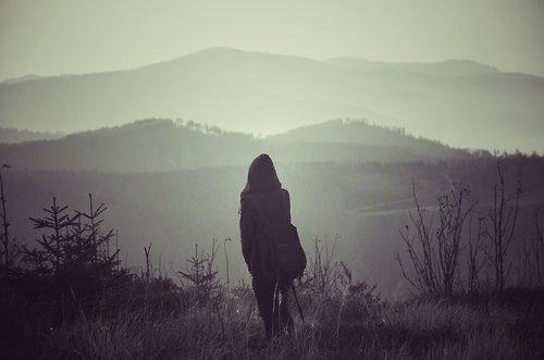 soledad mujer