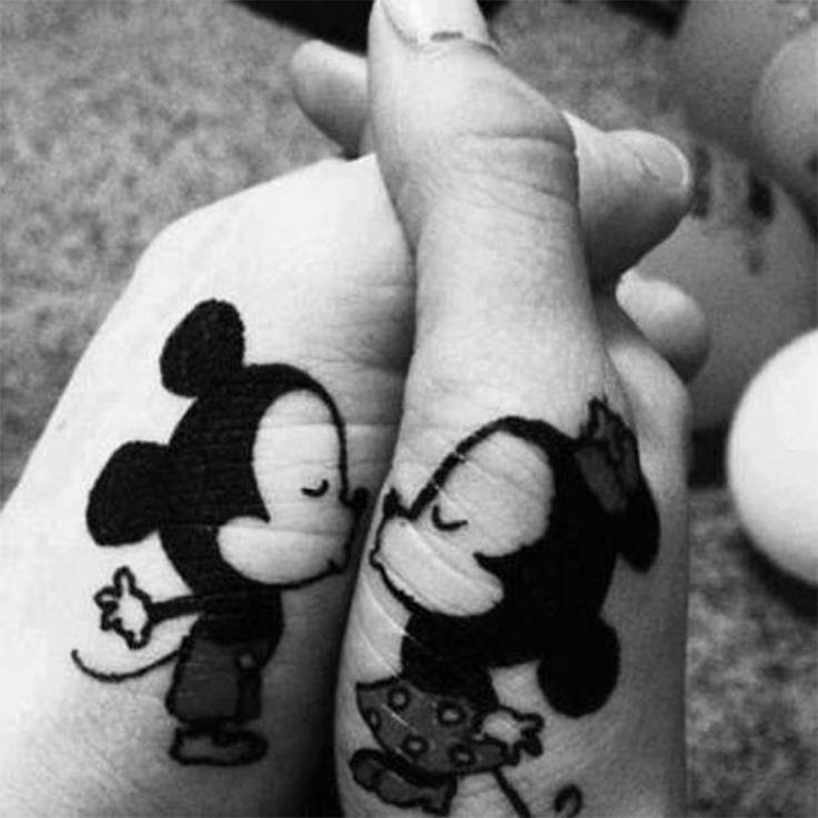 tatuaje mickey
