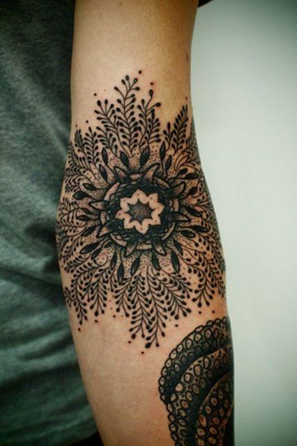 16 Hermosos Tatuajes Florales Que Desearás Tener Diseño Diseño