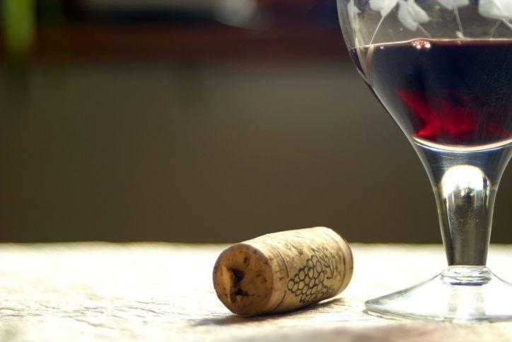 beneficios-de-tomar-vino-tinto