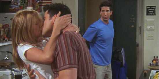 friends-rachel-joey-kiss-ross