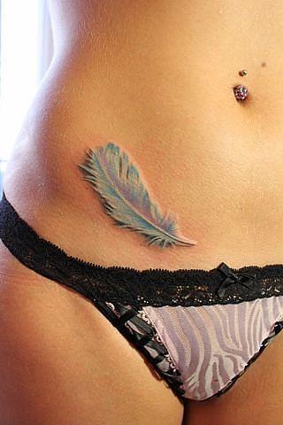 tatuajes en la cadera sexys
