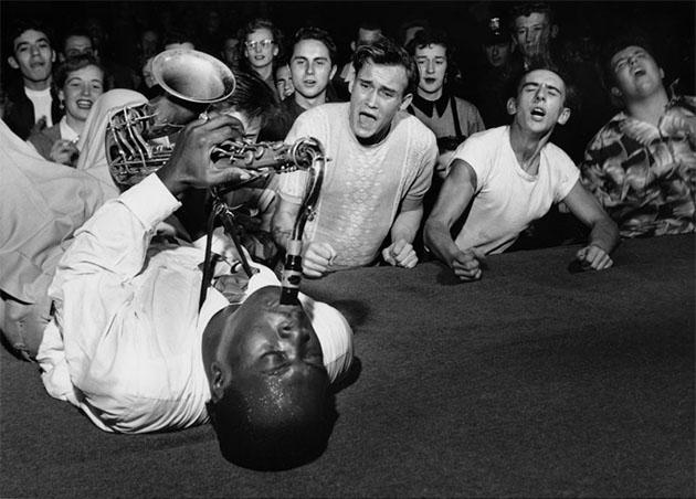 20-Fotos-históricas-en-blanco-y-negro-restauradas-en-color-14