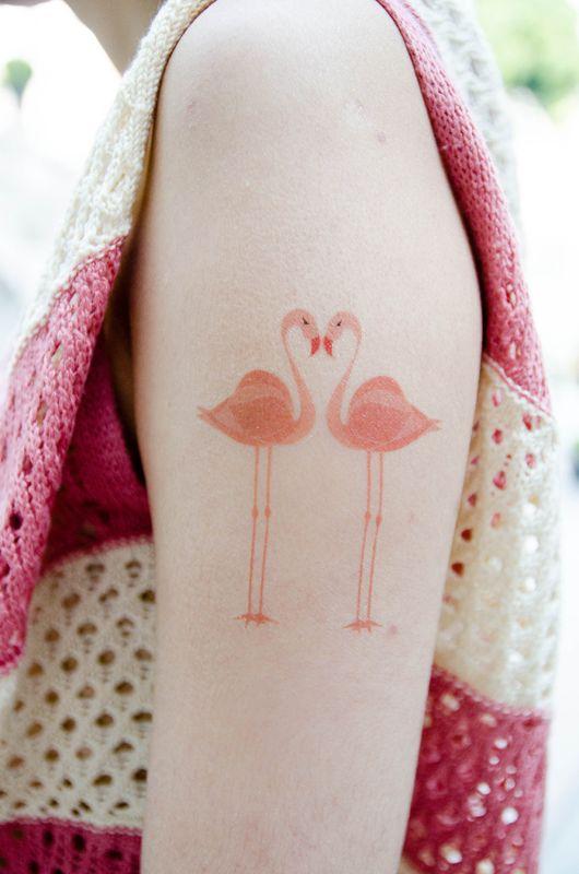 20 tatuajes inspirados en alicia en el pa s de las maravillas dise o dise o. Black Bedroom Furniture Sets. Home Design Ideas