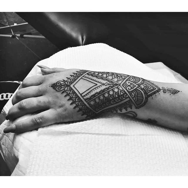 lauren winzer tatuaje