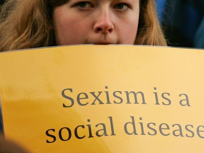 Mujeres cuentan su historia sobre el sexismo cotidiano