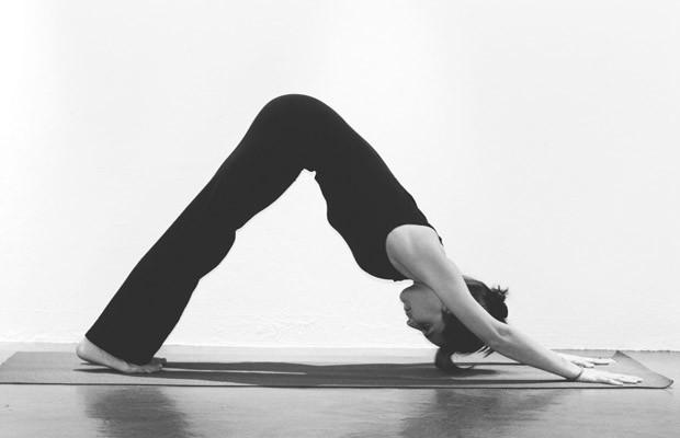 yoga sexo adho