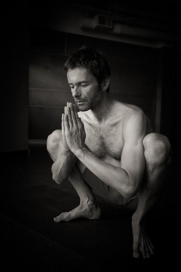 yoga sexo squat