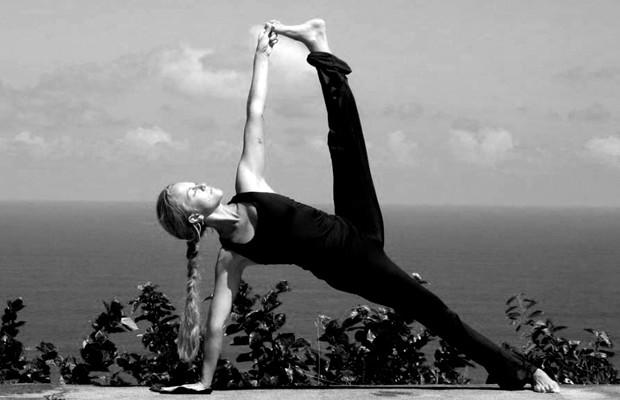 posiciones de yoga para el sexo