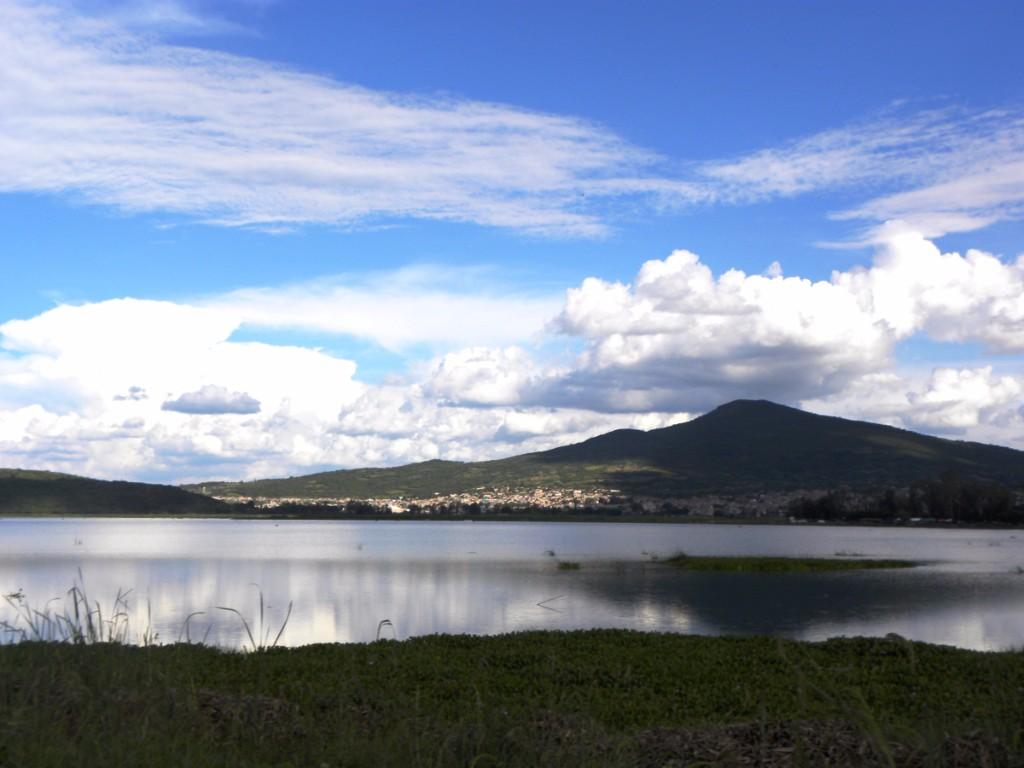laguna-yuriria