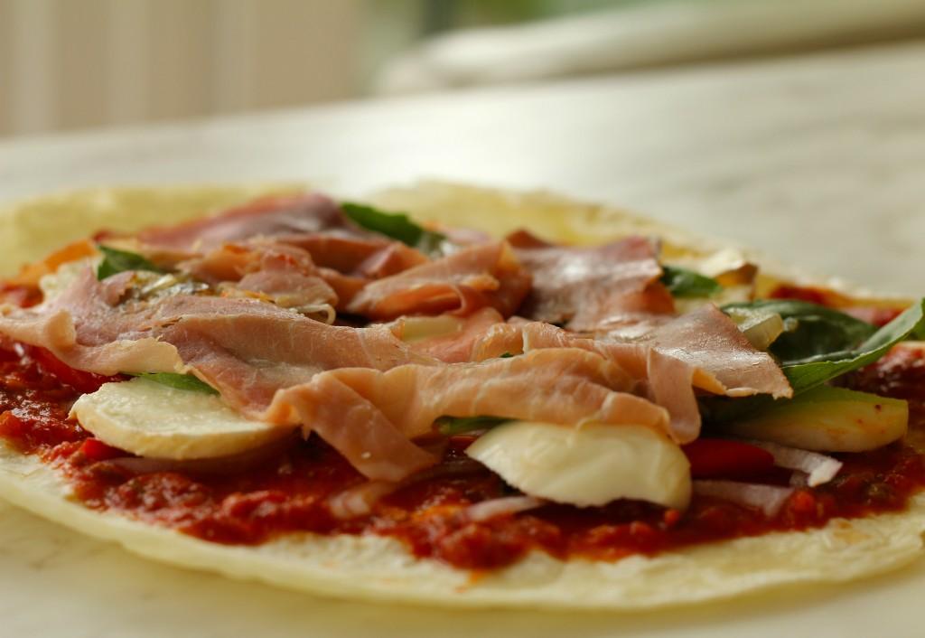 tortilla de harina pizza