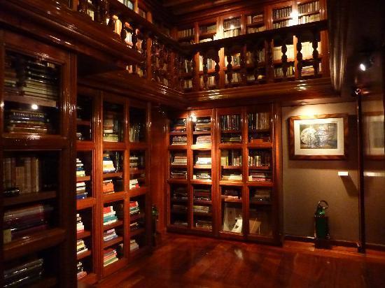 Biblioteca Rogerio Casas Alatriste Museo Franz Mayer
