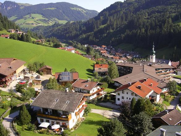 Tyrol-Austria-austria-31748796-585-439