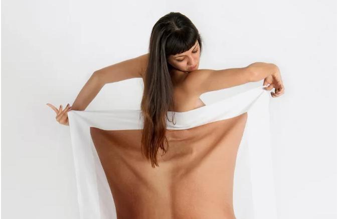 Admirar la belleza del cuerpo humano desnudo es cuestión de percepción