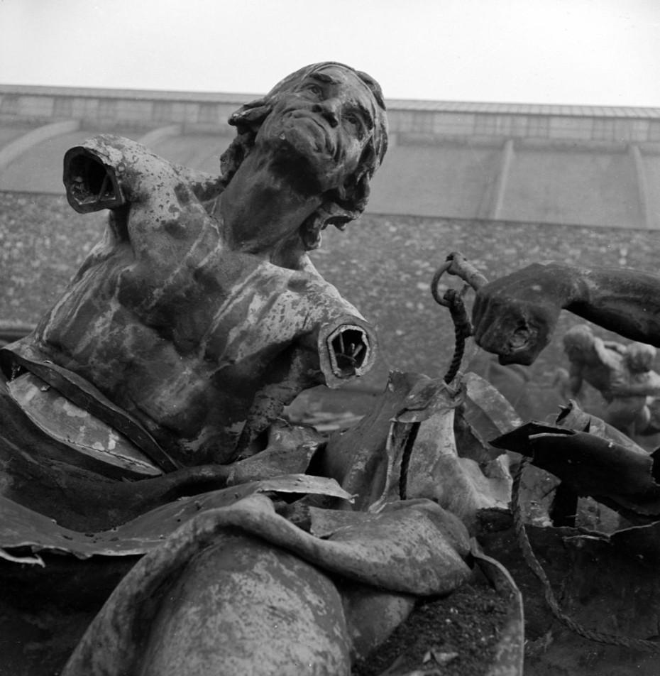 Estatua de Jean Paul Marat