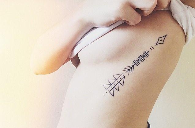 tatuajes para chicas geometrico