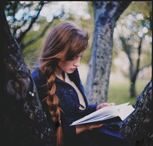 mujer libros