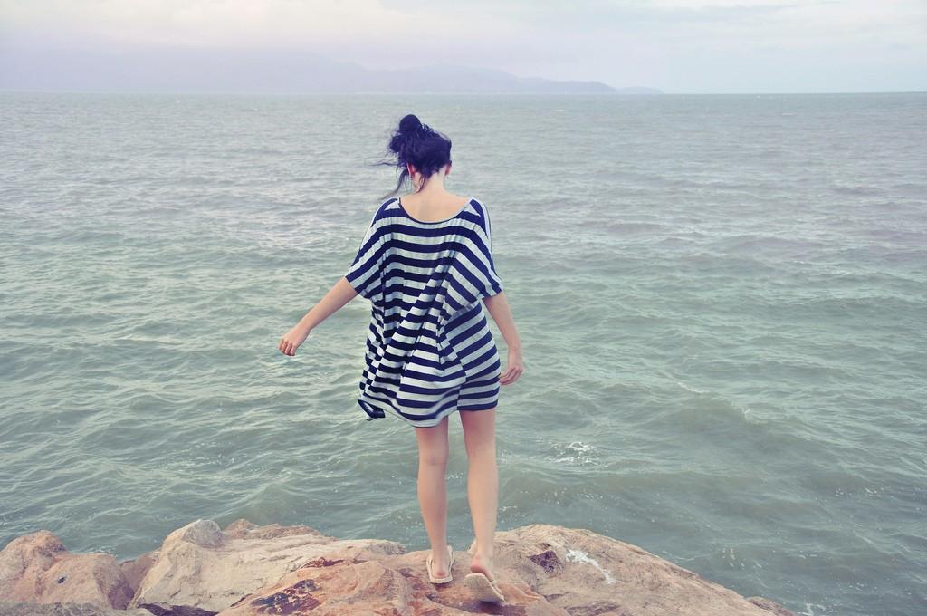 imagen chica playa solteria