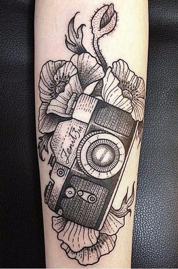 tatuajes de fotografia camara flores