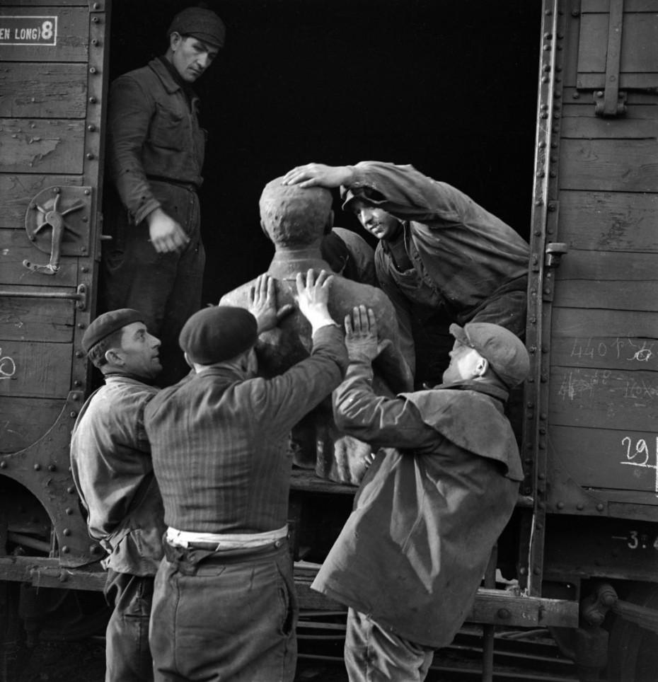 transporte de estatuas
