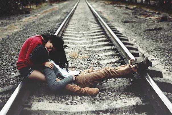 beso vias del tren joel sossa