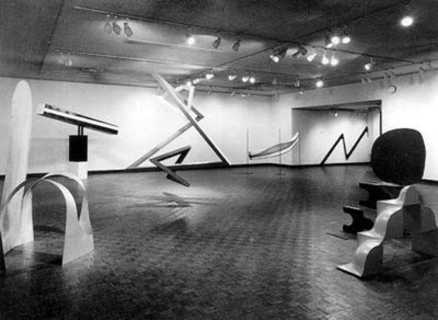 exposiciones de arte primary structures