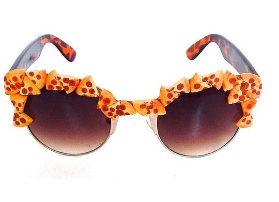 pizza glasses