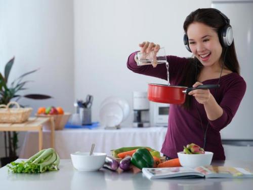 10 recetas que deben aprender todas las personas a las que - Musica para cocinar ...